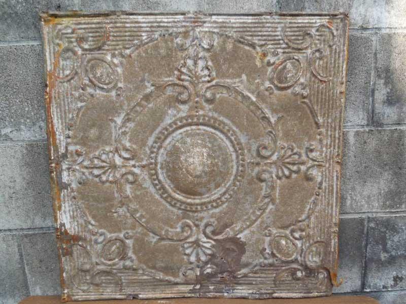 Antique 19世紀後半、1800年代後半 ヨーロッパのテキスタイル柄のブリキの看板1