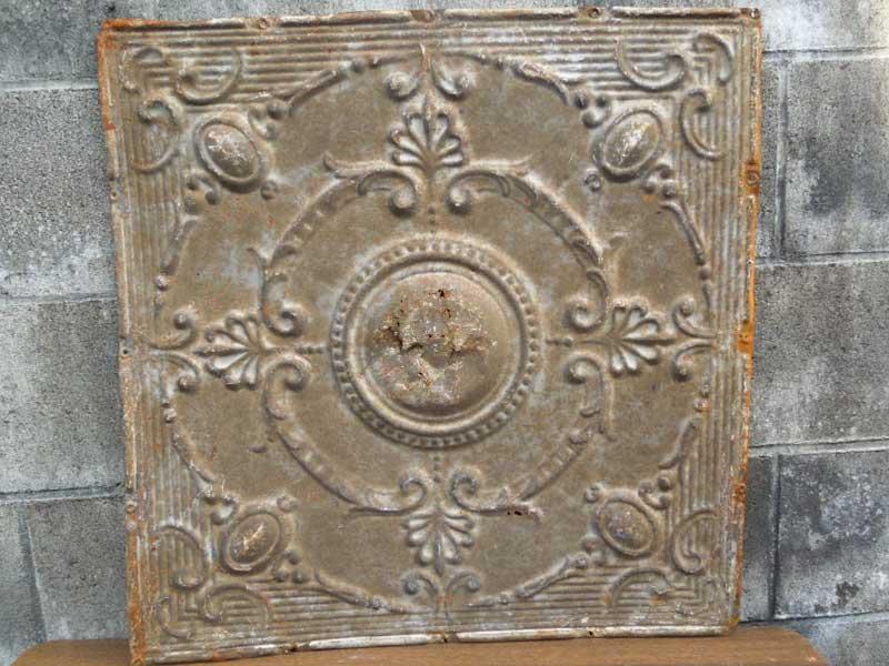 Antique 19世紀後半、1800年代後半 ヨーロッパのテキスタイル柄のブリキの看板2