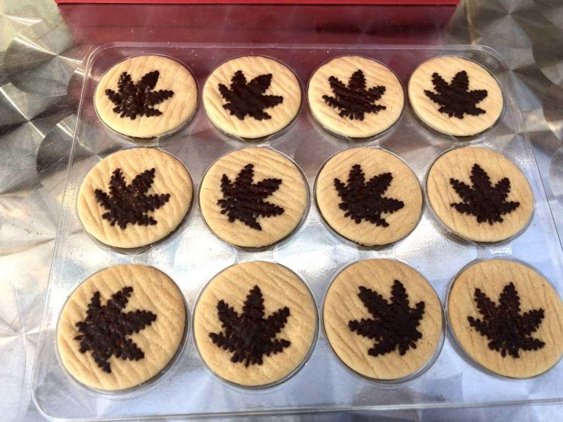 CBD COOKIES CBD 10mg x12 CBD 120 mg CBD クッキー 12枚 Box