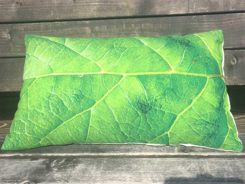新品 DULTON(ダルトン) デジタルプリントのクッション、Leaf柄